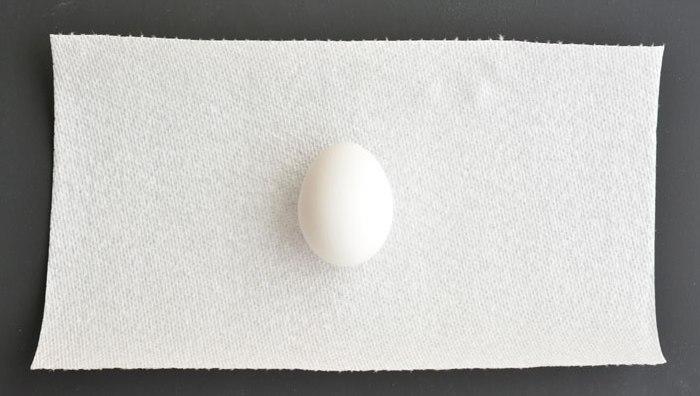 Радужные пасхальные яйца