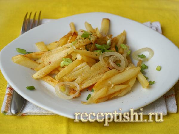 Вкусная жареная картошка с луком