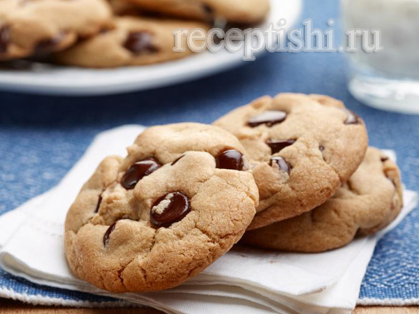 Печенье с шоколадными каплями классическое американское