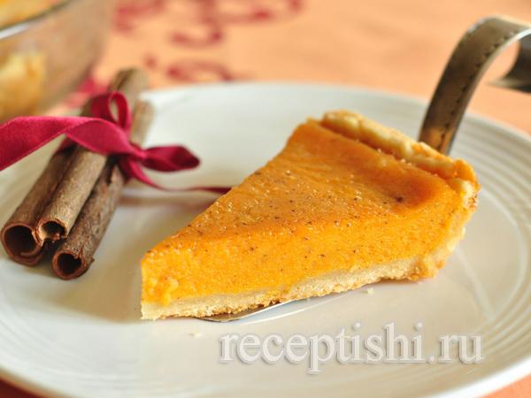 Тыквенный пирог с корицей и лимоном