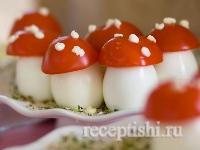 Рецепт Грибы мухоморы из яиц и помидоров