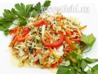 Салат овощной со свежей капустой