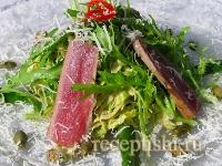 Салат с красным тунцом