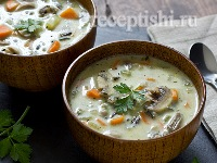 Суп из курицы с рисом и грибами