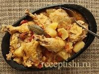 Тушеная курица с картошкой