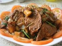 Рецепт Жареная свинина с ананасами