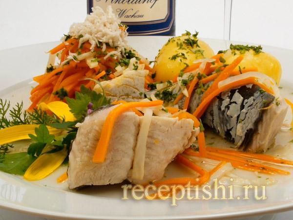 Тушеная рыба с овощами в кисло-сладком соусе