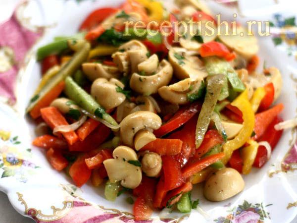 Салат с солеными грибами рецепт простой