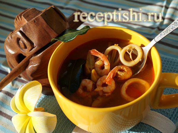 Суп Том Ям Тхале (с морепродуктами)