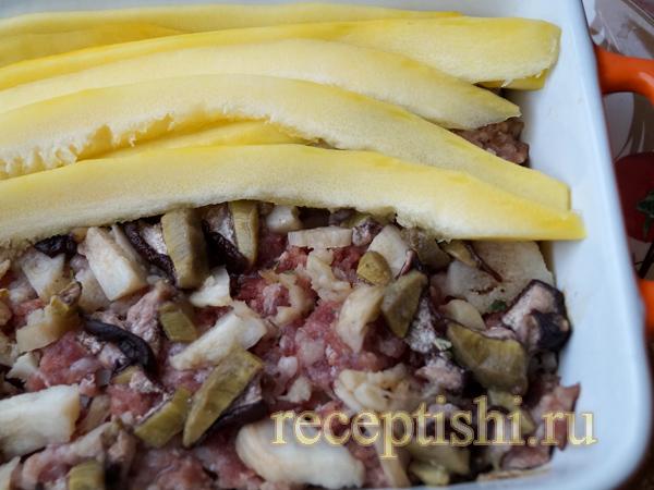 Запеканка из кабачков с грибами и мясным фаршем